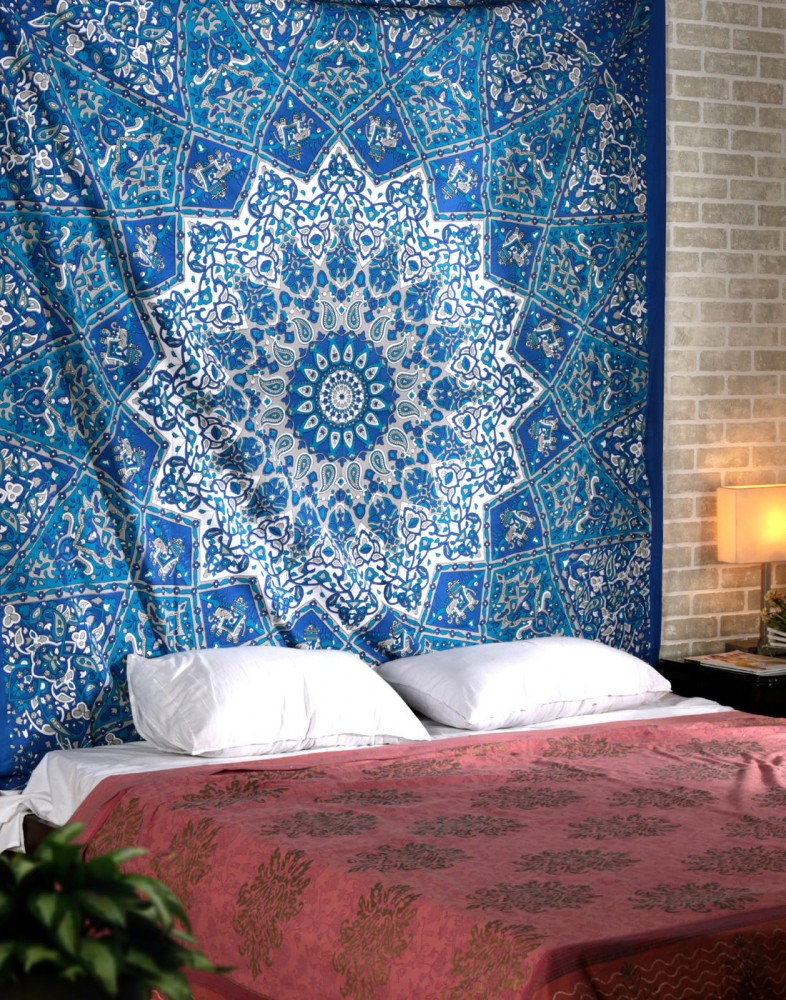Kaleidoscopic Star Tapestry Intricate Floral Design Indian Bedspread Decorative Wall Hanging Picnic Beach Sheet