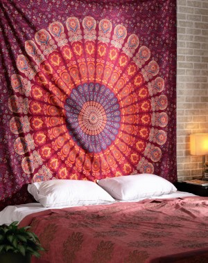 Maroon Hippie Hippy Peacock Wall Hanging, Indian Mandala Tapestry Throw Bedspread, Dorm Tapestry , Decorative Wall Hanging, Picnic Beach Sheet