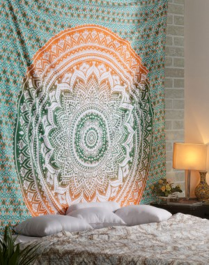 Twin Ombre Mandala Tapestry, Mandala Tapestry Wall Hanging, Psychedelic Wall Art, Dorm Decor Beach Throw