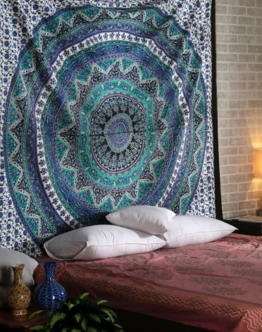 Mandala Tapestries, Indian Bedspread, Bohemian Tapestries, Wall Hanging, Beach Blanket, Queen size, Purple
